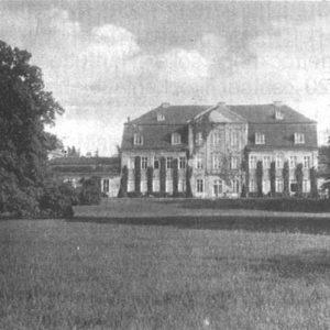 Schloss Kummerow - Gartenansicht (Quelle: 750 Jahre Kummerow - Festschrift, 2005)