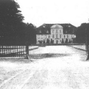 Schloss Kummerow um 1935 - Vorderansicht (Quelle: 750 Jahre Kummerow - Festschrift, 2005)