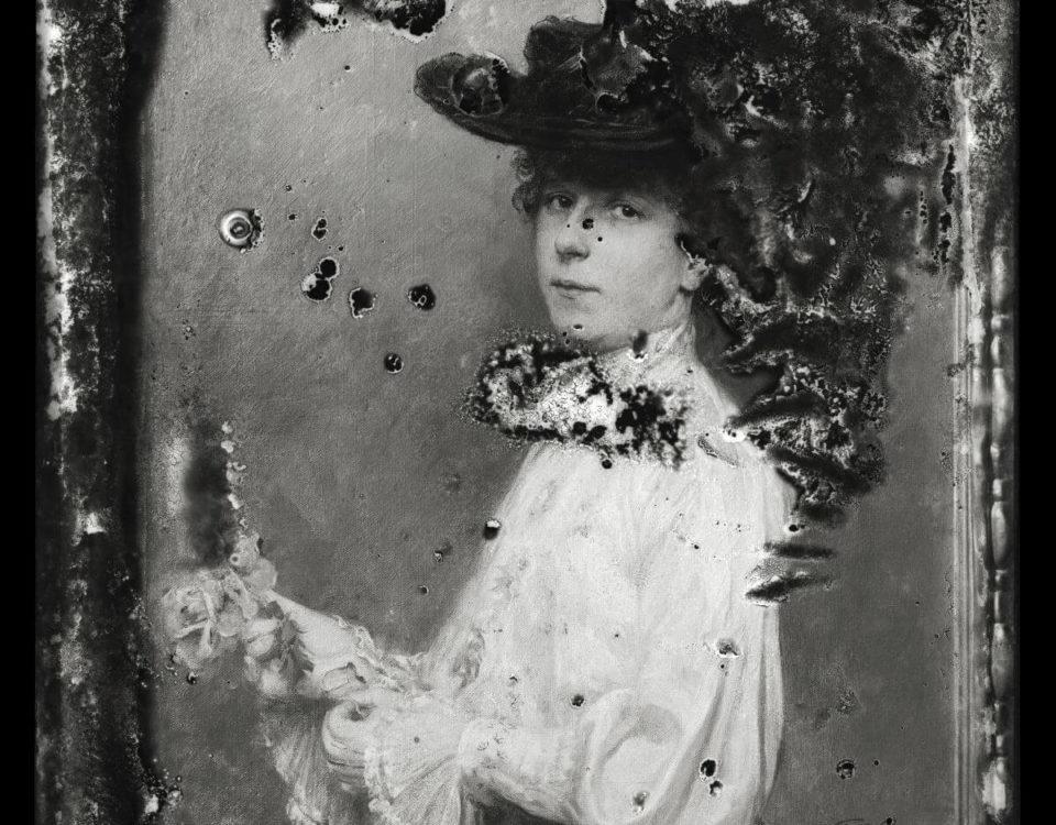 """Fotografie des Portraits """"Dame mit Hut"""" von Fritz Greve. Um 1905 entstanden."""